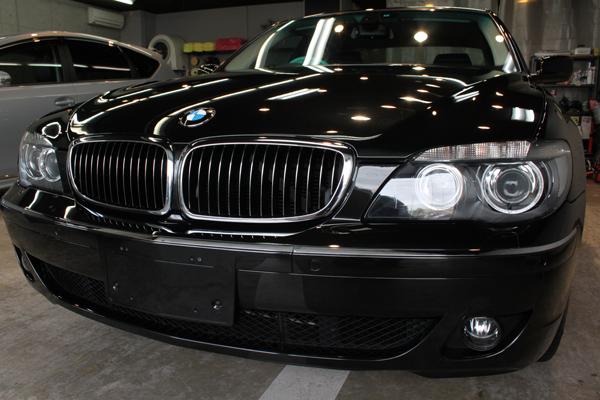 BMW740i ブラックサファイア 正面