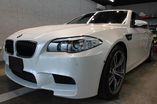 BMW M5 F10 左サイド前方