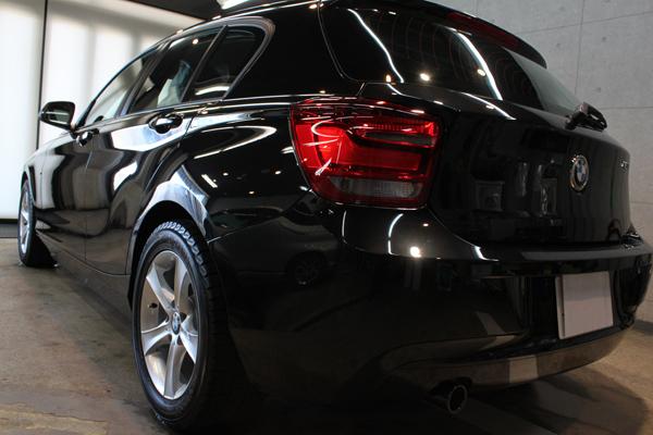 BMW 116i スポーツ(F20)ブラックサファイア リア左