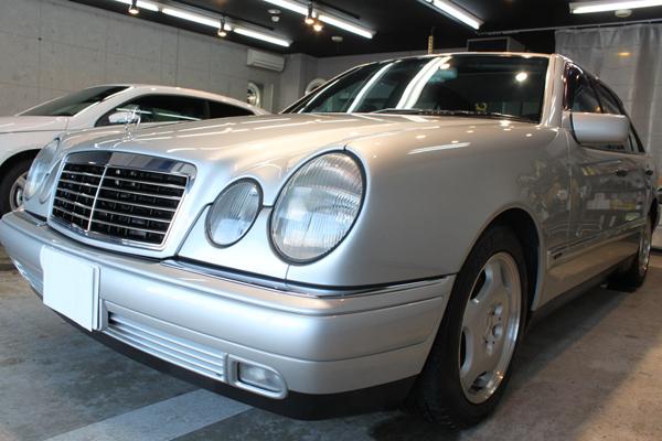 メルセデスベンツ E400 (W210) アヴァンギャルド ブリリアントシルバー 左サイド