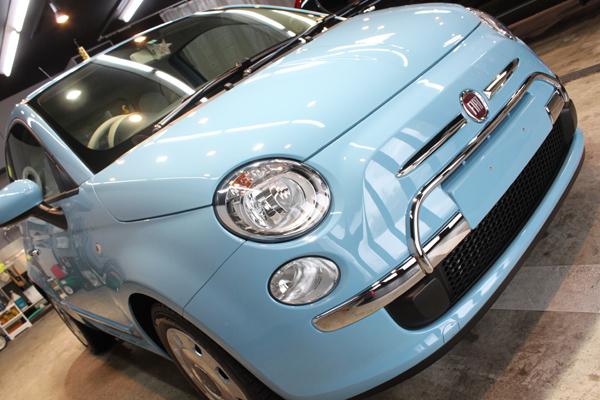 新車でも気をつけて。フィアット500(ブルーヴォラーレ)のボディーガラスコーティング