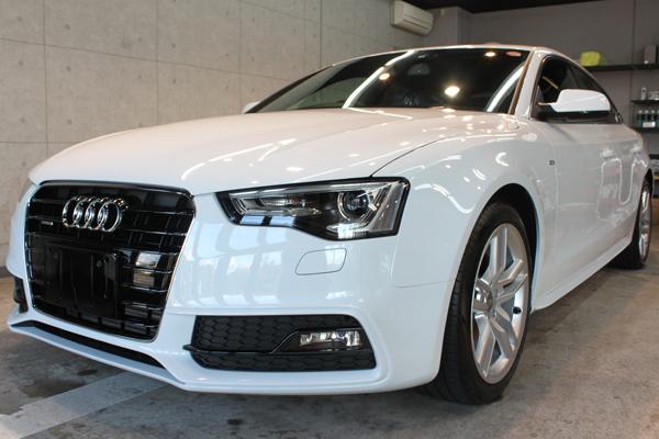 Audi A5 sportback 2.0TFSI quattro S line(グレイシアホワイトメタリック)
