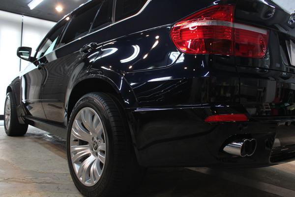 BMW X5(カーボンブラック)左クォーター
