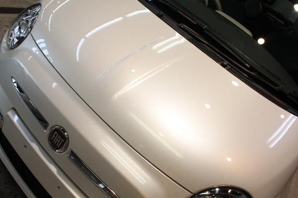 FIAT500C TwinAur Lounge(ファンクホワイト)ボンネット