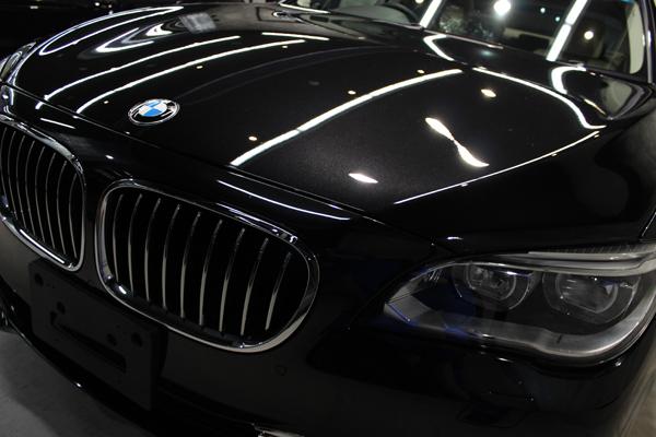 BMW740i(ブラックサファイア)ボンネット