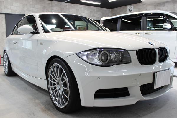 BMW135i右側面前方