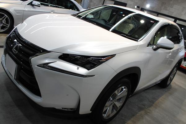 レクサスの大人気モデル、NXのカーコーティング