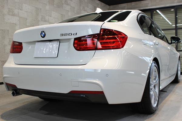 BMW320dリア右