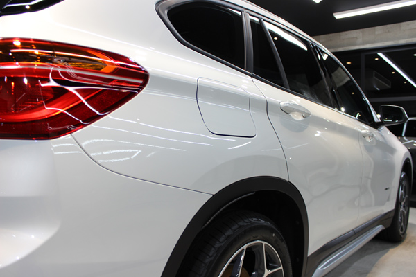 BMW X1右クォーター