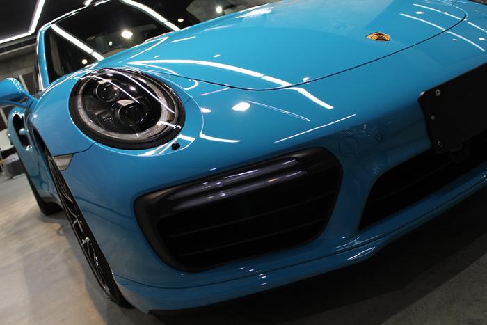 ポルシェ 911 ターボS マイアミブルー ヘッドライト1