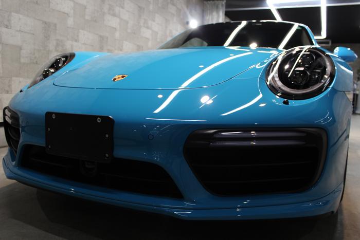 ポルシェ 911 ターボS マイアミブルー フロントバンパー3