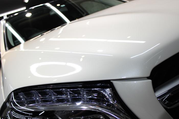 メルセデスベンツ GLS 350d 4マチック スポーツ ダイヤモンドホワイト ボンネット1