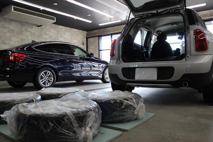 BMW ミニクーパー クロスオーバー パークレーン 2