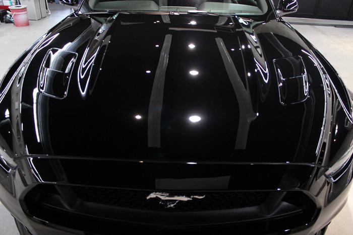 フォード マスタング GTクーペプレミアム ブラック ボンネット 施工後