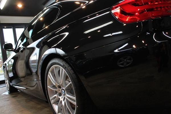 BMW335iクーペ(ブラックサファイア)左クォーター