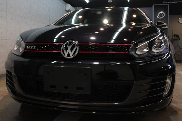 VWゴルフGTIのガラスコーティング。下地処理がカーコーティングのクォリティを決します。