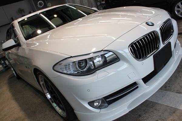 BMW535i F10 アルピンホワイト 右上全体