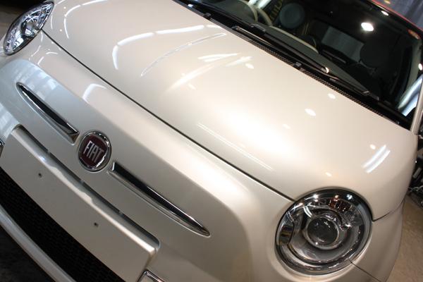 FIAT500C TwinAur Lounge(ファンクホワイト)フロントグリル