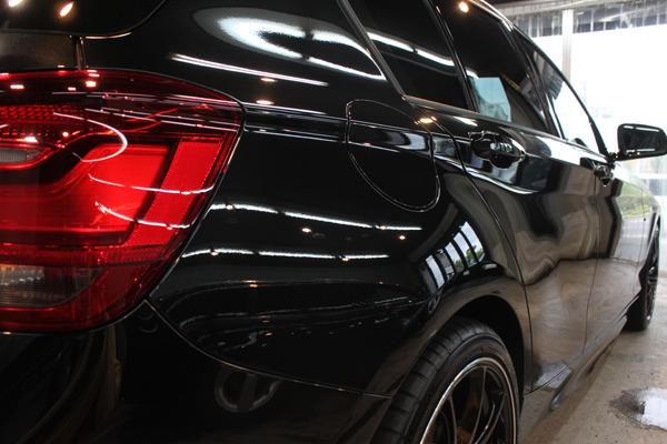 BMW 116i M sport(ブラックサファイア)右クォーター