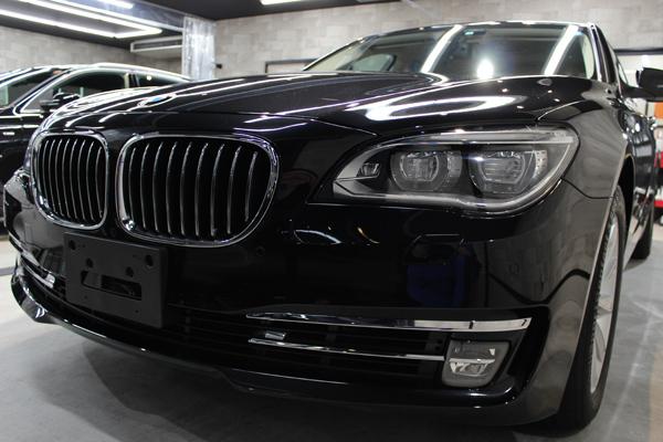 BMW740i(ブラックサファイア)右サイド全体