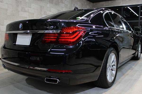 BMW740i(ブラックサファイア)右サイド後方