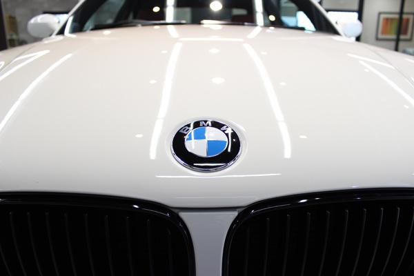 BMW135iボンネット正面前方
