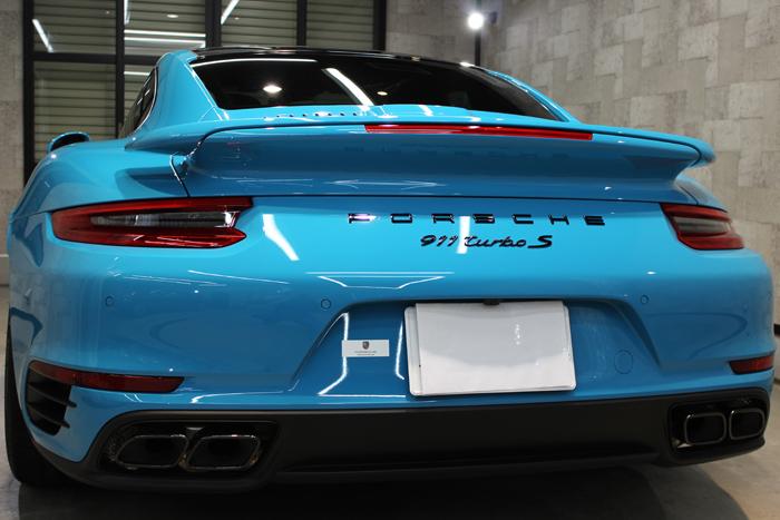 ポルシェ 911 ターボS マイアミブルー リアバンパー1