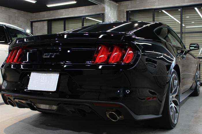 フォード マスタング GTクーペプレミアム ブラック リアバンパー