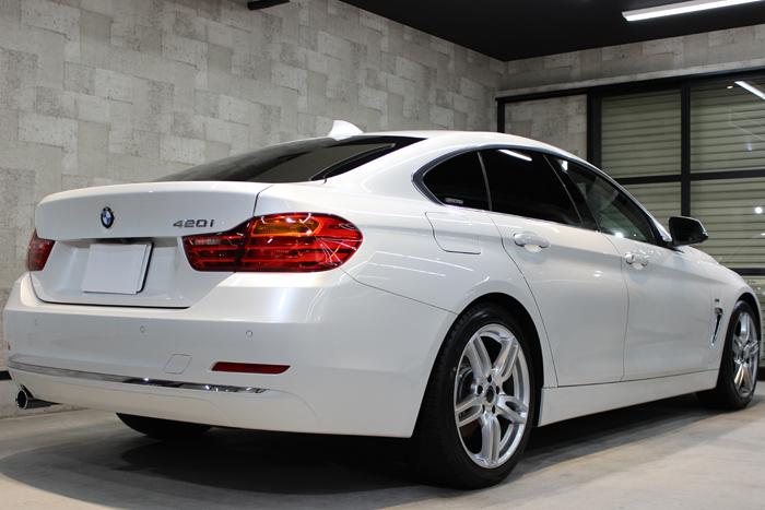 BMW 420i グランクーペ ミネラルホワイト リアバンパー