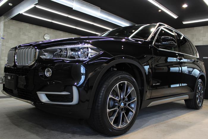 BMW X5 xDrive35d ブラックサファイア ホイール1