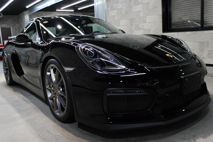 ポルシェ ケイマン GT4 ブラック フロントバンパー右