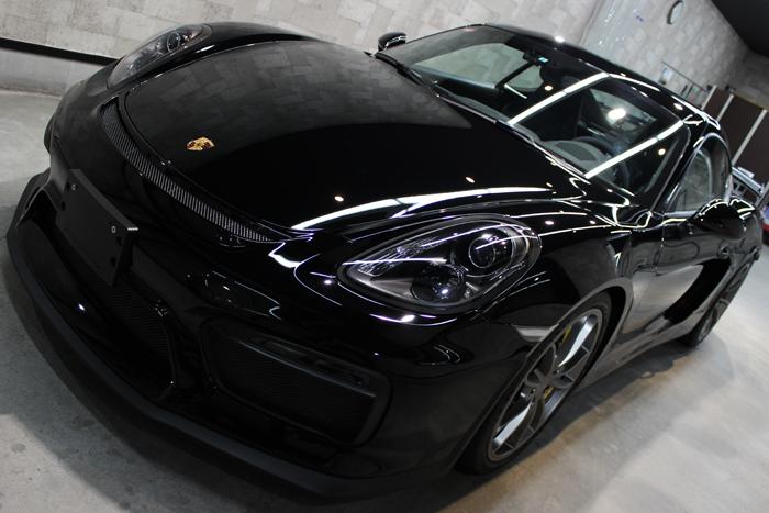ポルシェ ケイマン GT4 ブラック ボンネット左