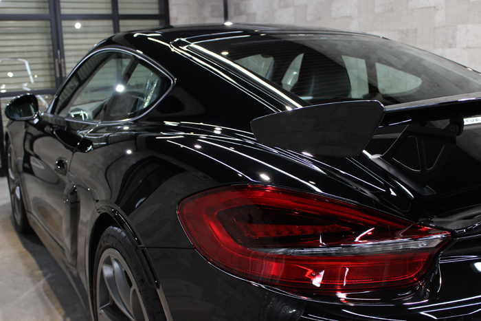 ポルシェ ケイマン GT4 ブラック 左テールレンズ