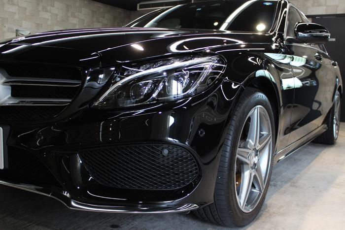 メルセデスベンツ C200 オプシディアンブラック 左ヘッドライト