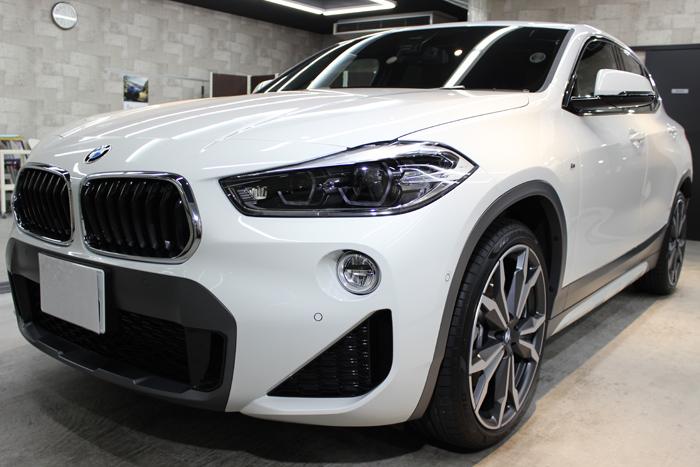 BMW X2 アルピンホワイト キドニーグリル