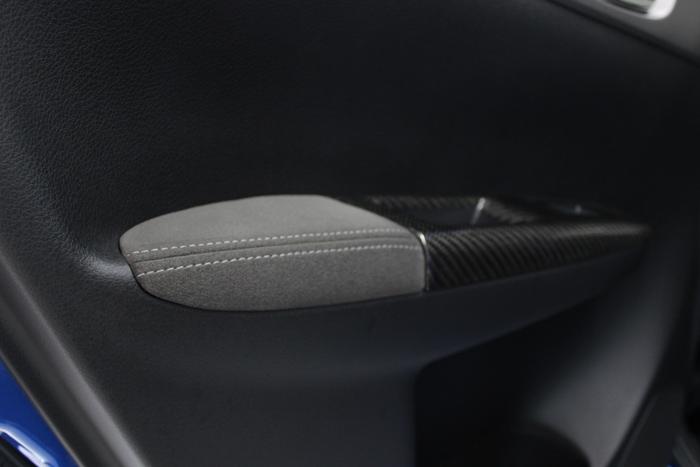 スバル インプレッサWRX STI ドアトリム