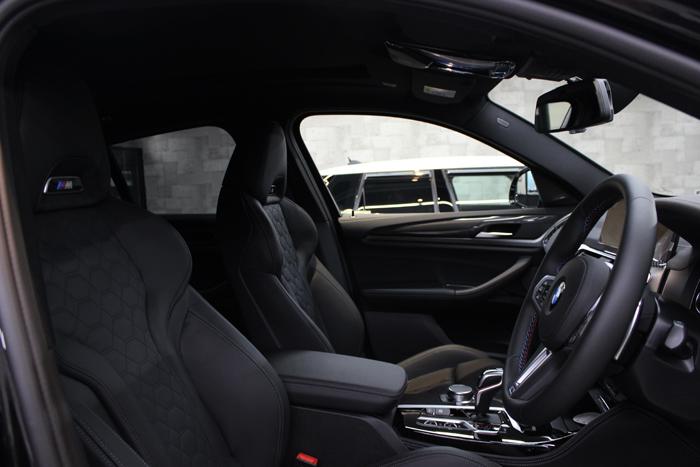 BMW X4 Mコンペティション シート メリノレザー 内装全体