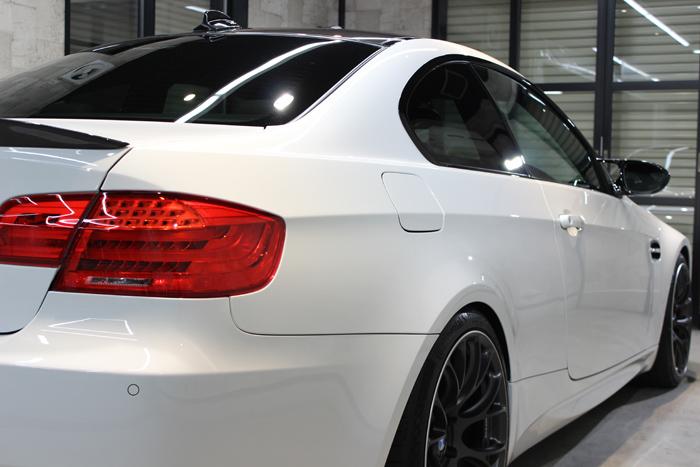 BMW M3 アルピンホワイトIII テールライト