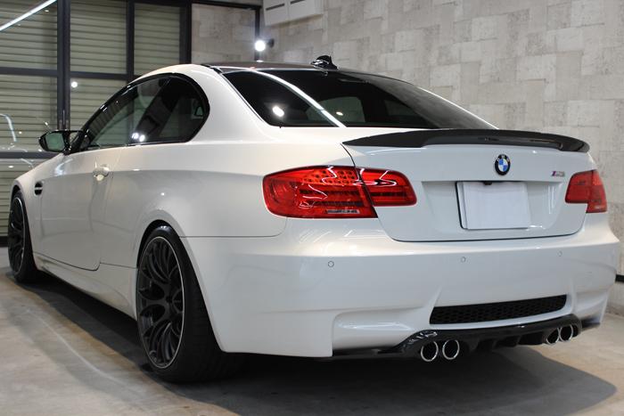 BMW M3 アルピンホワイトIII リアバンパー