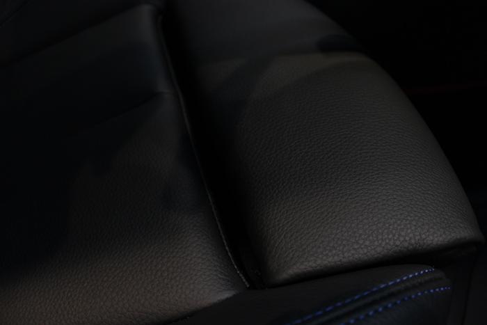 BMW 320d シートコーティング ダコタレザー 座面