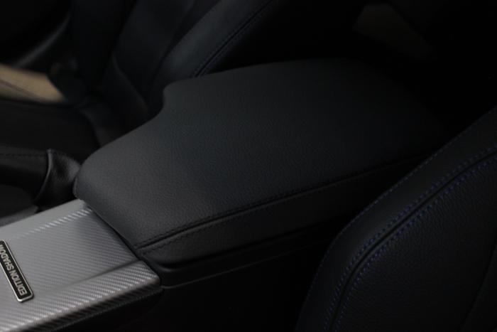 BMW 320d センターコンソール コーティング